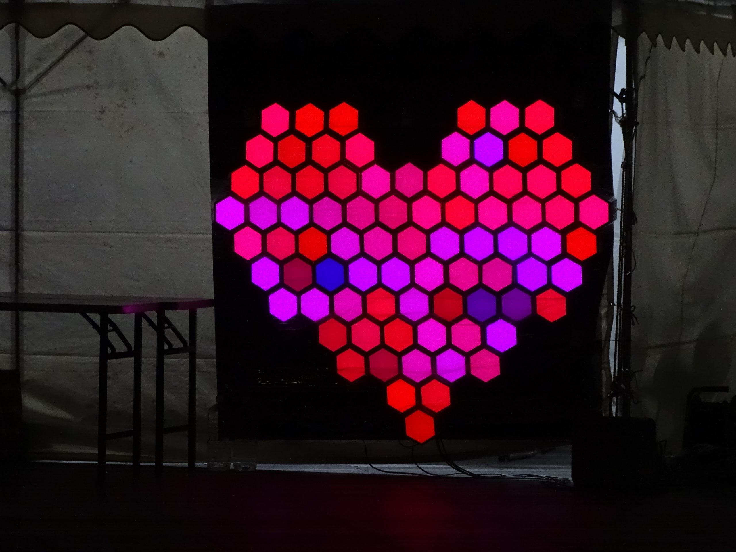 徳島市「とくしまLEDデジタルアートフェスティバル2018」に出展